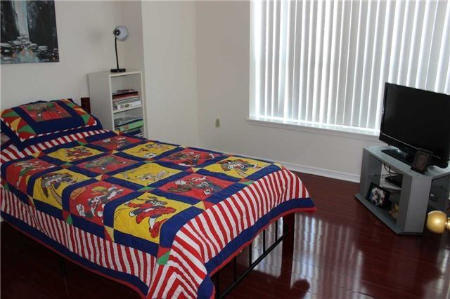 Condo Apartment at 430 Mclevin Ave, Unit 1710, Toronto, Ontario. Image 2