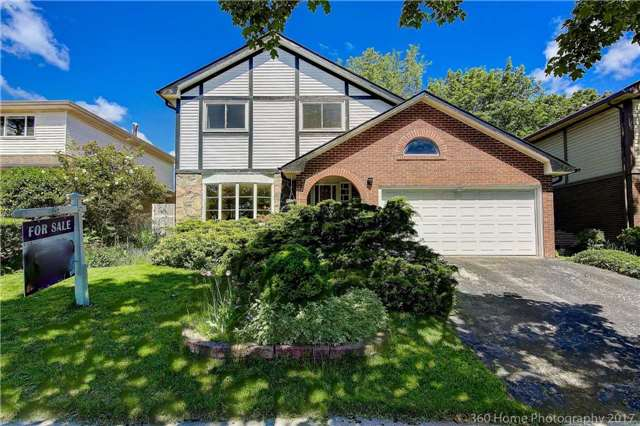 Detached at 14 Elkwood Dr, Toronto, Ontario. Image 1