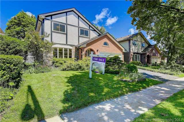 Detached at 14 Elkwood Dr, Toronto, Ontario. Image 9