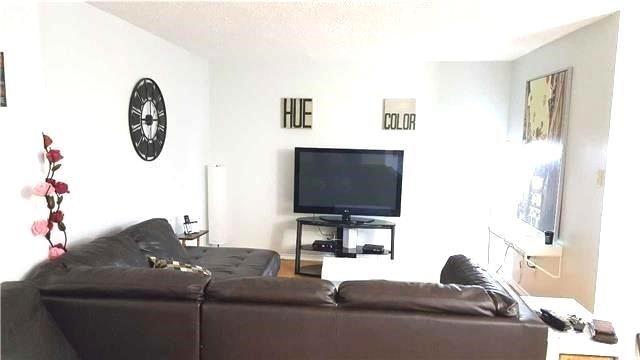 Condo Apartment at 1665 Victoria Park Ave, Unit 510, Toronto, Ontario. Image 3