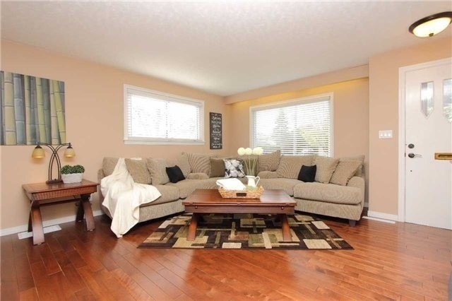 Detached at 25 Concession St E, Clarington, Ontario. Image 10
