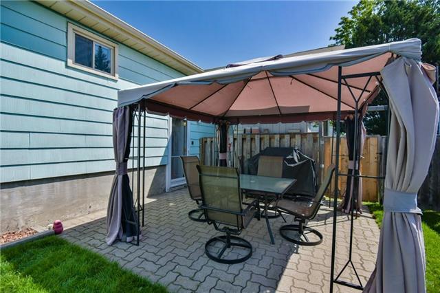 Detached at 786 Oliva St, Pickering, Ontario. Image 8