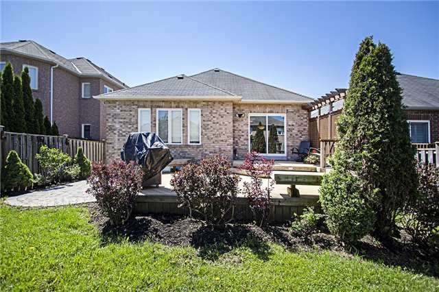 Detached at 12 Temple-West Cres, Ajax, Ontario. Image 11