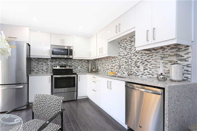 Detached at 829 Athol St, Whitby, Ontario. Image 15