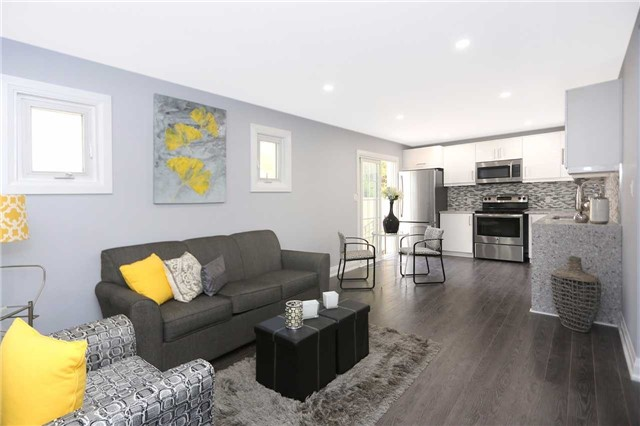 Detached at 829 Athol St, Whitby, Ontario. Image 17