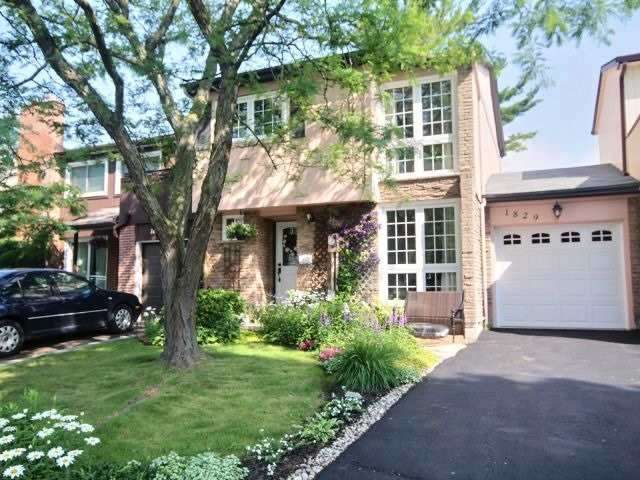 Townhouse at 1829 Foleyet Cres, Pickering, Ontario. Image 1