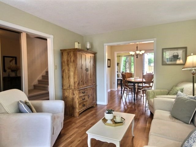 Townhouse at 1829 Foleyet Cres, Pickering, Ontario. Image 12