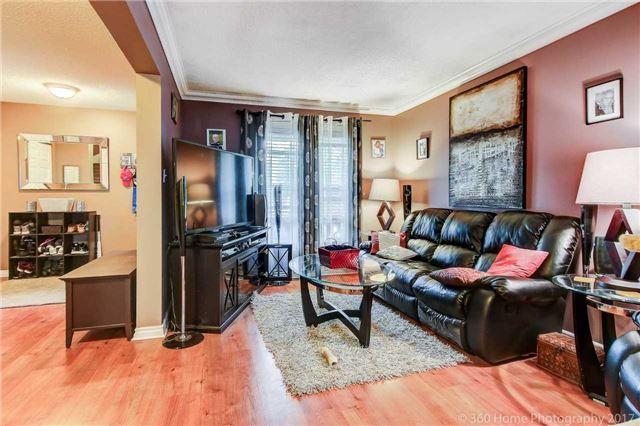 Link at 922 Attersley Dr, Oshawa, Ontario. Image 12