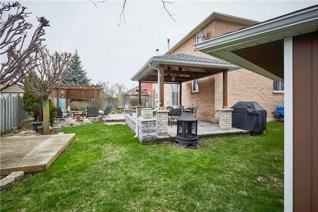 Detached at 34 Foster Cres, Whitby, Ontario. Image 18