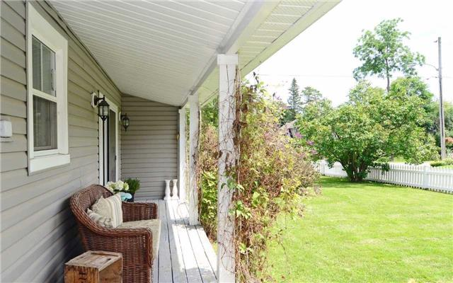 Detached at 88 Crandell St, Scugog, Ontario. Image 8