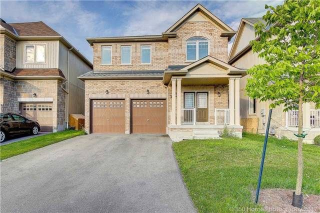 Detached at 3 Sandgate St, Whitby, Ontario. Image 1