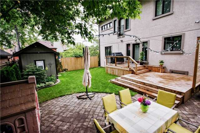 Detached at 1 Dustan Cres E, Toronto, Ontario. Image 13