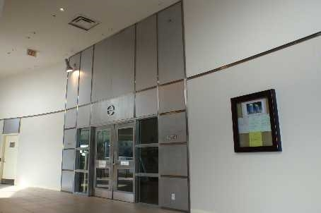 Condo Apartment at 38 Lee Centre Dr, Unit 1802, Toronto, Ontario. Image 2