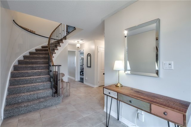 Detached at 213 Willowbrook Dr, Whitby, Ontario. Image 15