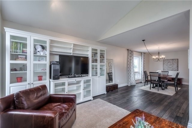 Detached at 213 Willowbrook Dr, Whitby, Ontario. Image 19