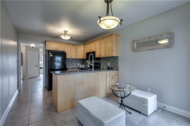 Detached at 213 Willowbrook Dr, Whitby, Ontario. Image 20