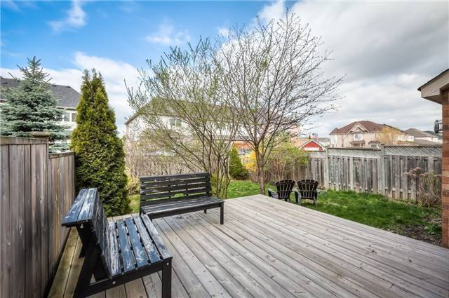 Detached at 213 Willowbrook Dr, Whitby, Ontario. Image 11