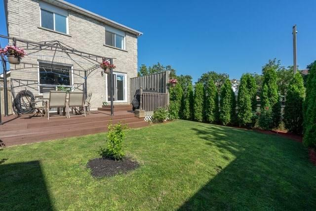 Link at 2 Elmeroy Crt, Whitby, Ontario. Image 10
