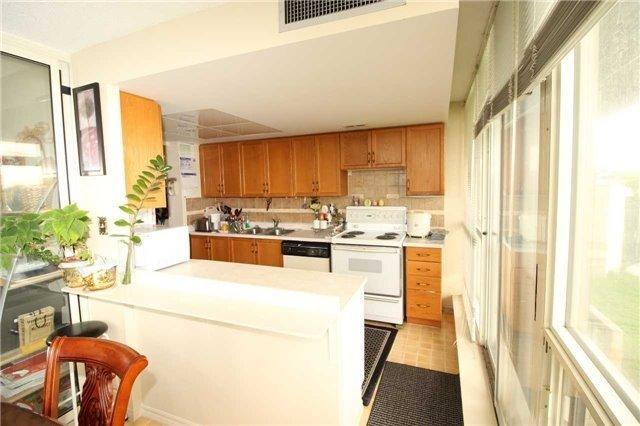 Condo Apartment at 5 Greystone Walk Dr, Unit 413, Toronto, Ontario. Image 11