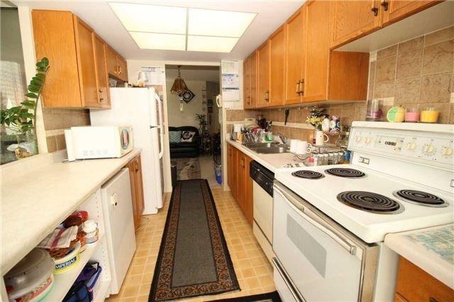 Condo Apartment at 5 Greystone Walk Dr, Unit 413, Toronto, Ontario. Image 12