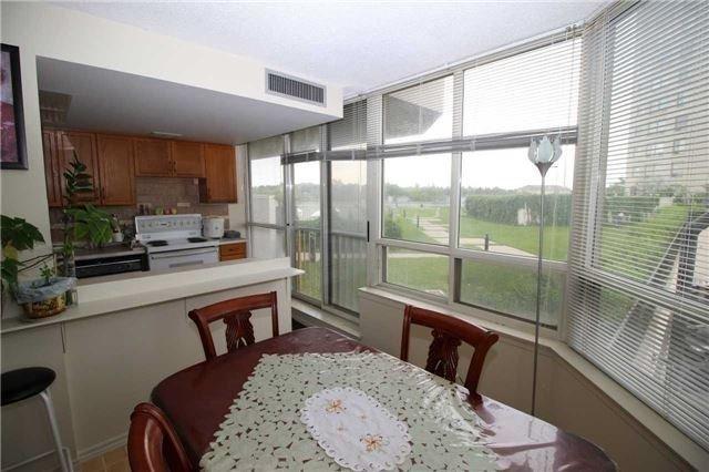 Condo Apartment at 5 Greystone Walk Dr, Unit 413, Toronto, Ontario. Image 13