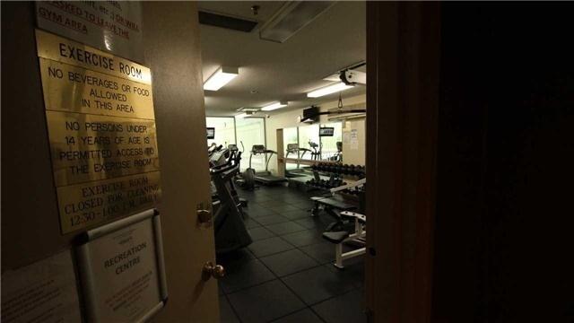 Condo Apartment at 5 Greystone Walk Dr, Unit 413, Toronto, Ontario. Image 6