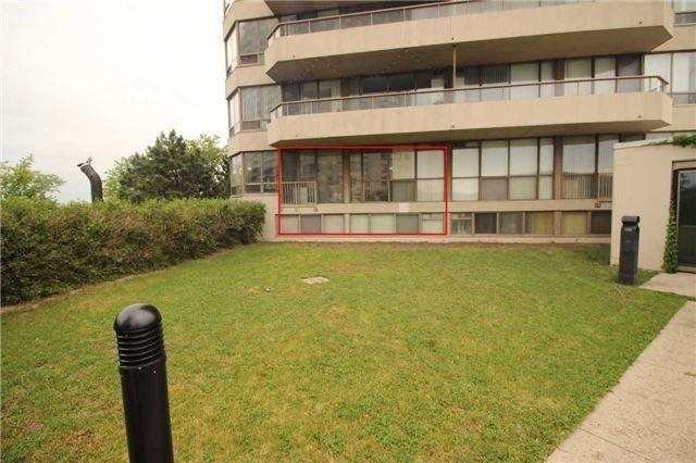 Condo Apartment at 5 Greystone Walk Dr, Unit 413, Toronto, Ontario. Image 9