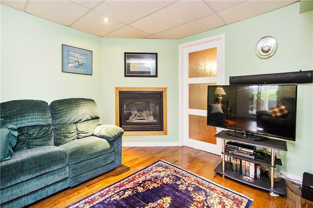 Link at 106 Bonnycastle Dr, Clarington, Ontario. Image 8