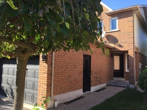 Detached at 4 Fulton Cres, Whitby, Ontario. Image 14