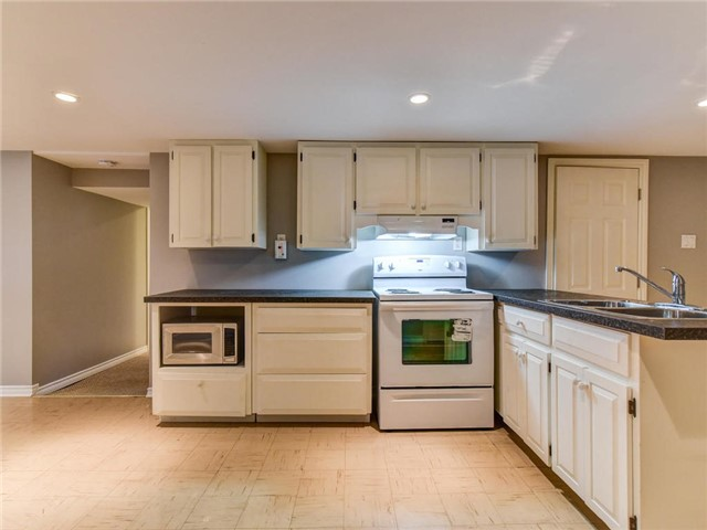 Detached at 24 Cresser Ave, Whitby, Ontario. Image 3