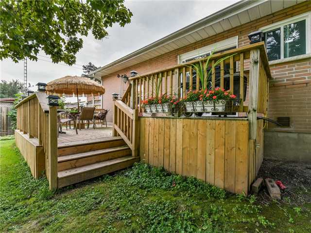 Detached at 24 Cresser Ave, Whitby, Ontario. Image 8