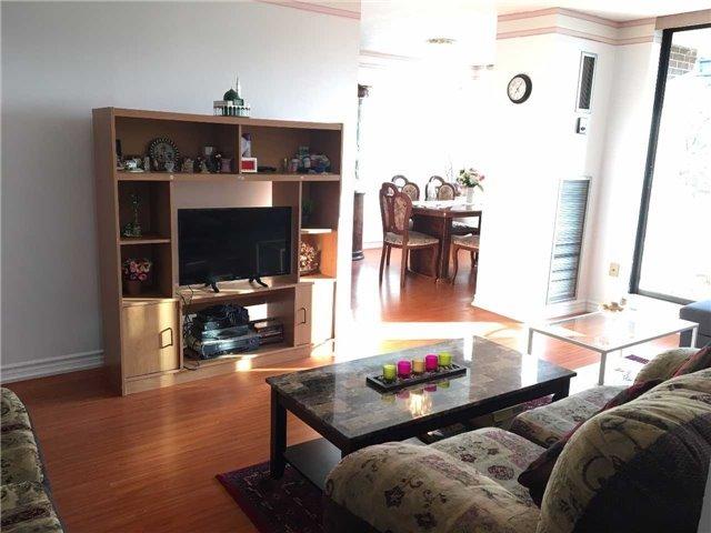 Condo Apartment at 121 Trudelle St, Unit 412, Toronto, Ontario. Image 11