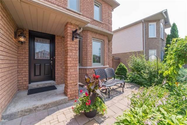 Detached at 1081 Beaver Valley Cres, Oshawa, Ontario. Image 12