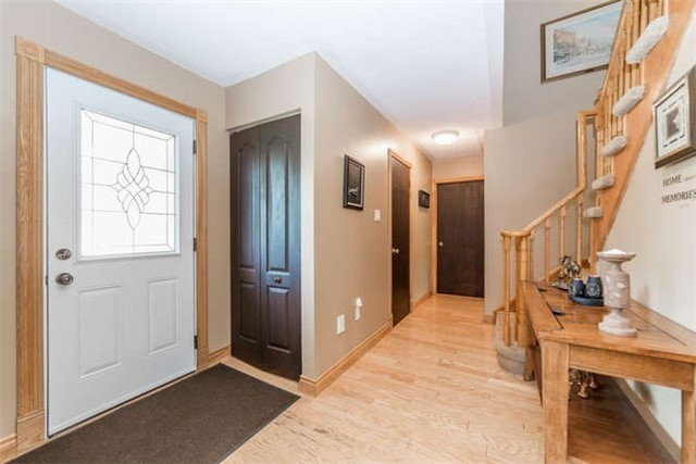 Detached at 1081 Beaver Valley Cres, Oshawa, Ontario. Image 14