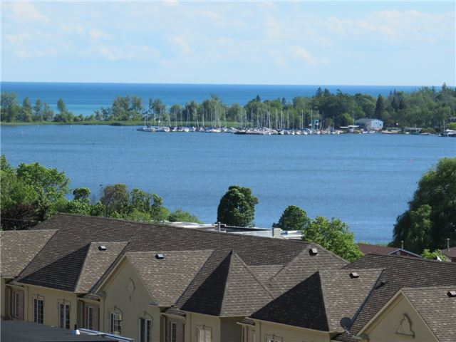 Condo Apartment at 1235 Bayly St, Unit 714, Pickering, Ontario. Image 1