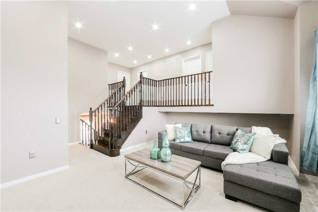 Detached at 116 Kenneth Cole Dr, Clarington, Ontario. Image 4