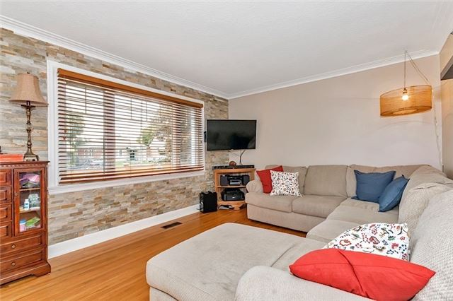 Detached at 61 Neilson Ave, Toronto, Ontario. Image 15
