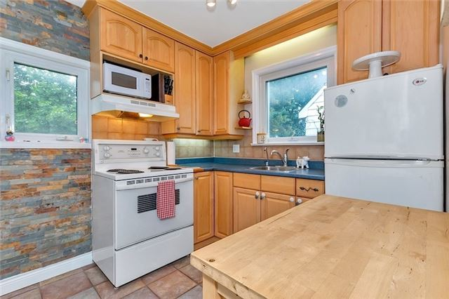 Detached at 61 Neilson Ave, Toronto, Ontario. Image 17