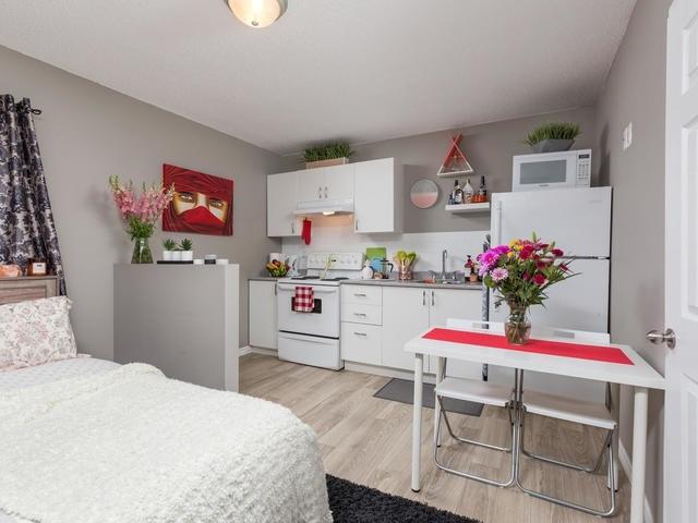 Duplex at 272 Haig St, Oshawa, Ontario. Image 15