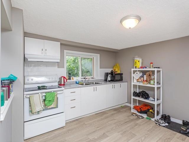 Duplex at 272 Haig St, Oshawa, Ontario. Image 18
