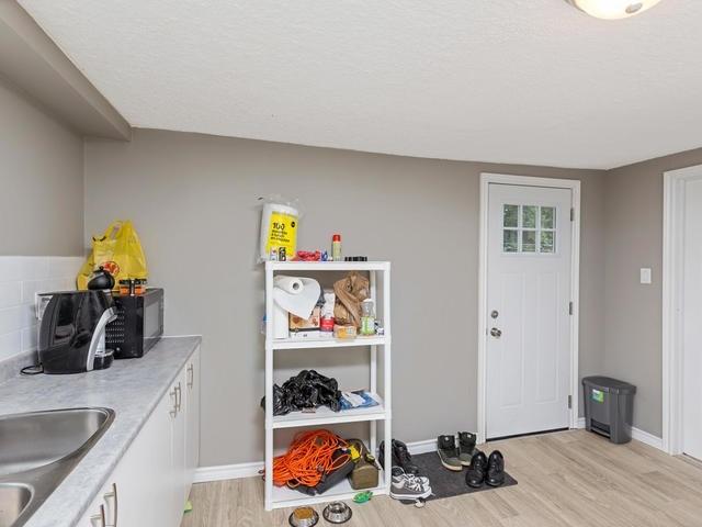 Duplex at 272 Haig St, Oshawa, Ontario. Image 19
