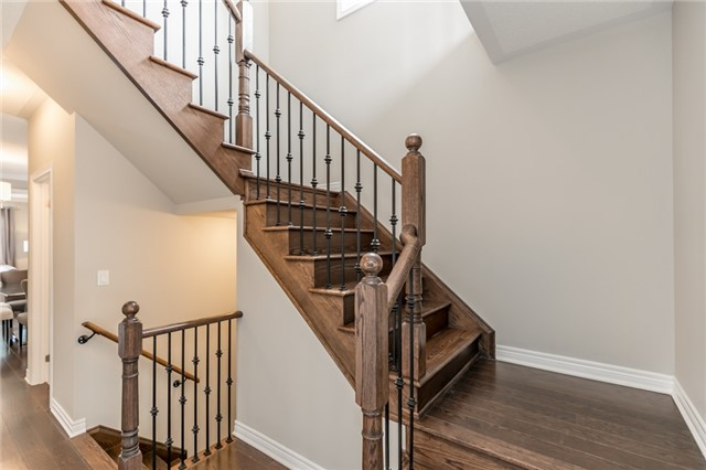 Detached at 37 Charterhouse Dr, Whitby, Ontario. Image 14