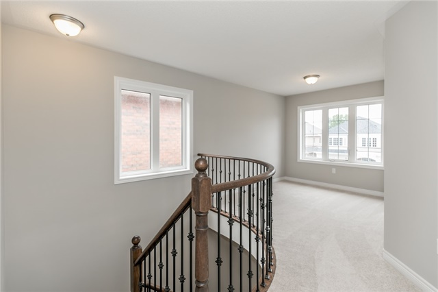 Detached at 37 Charterhouse Dr, Whitby, Ontario. Image 7