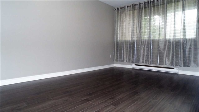 Condo Townhouse at 100 Mornelle Crt, Unit #1035, Toronto, Ontario. Image 11