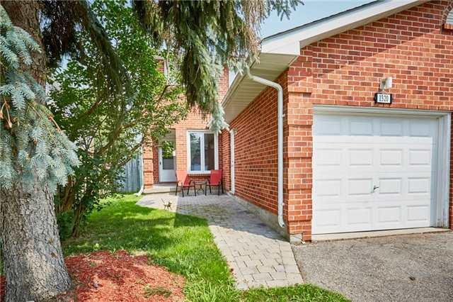 Semi-detached at 1320 Sunningdale Ave, Oshawa, Ontario. Image 1
