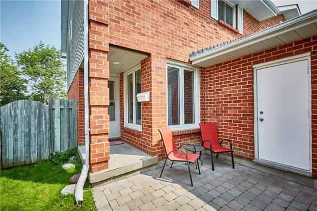 Semi-detached at 1320 Sunningdale Ave, Oshawa, Ontario. Image 11