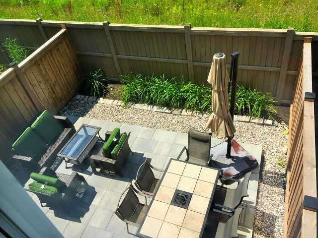 Townhouse at 2406 Bronzedale St, Pickering, Ontario. Image 13