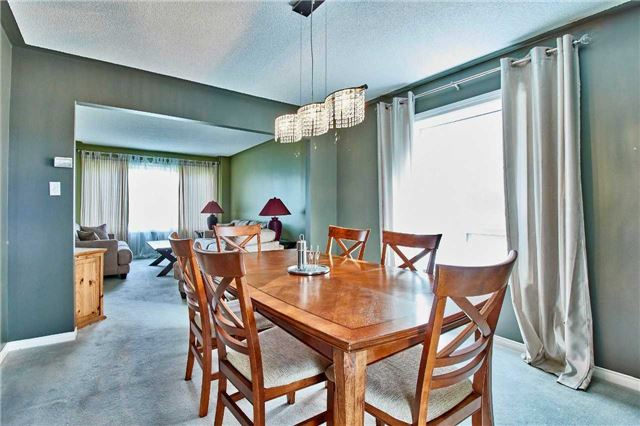 Detached at 7 Donald Wilson St, Whitby, Ontario. Image 16