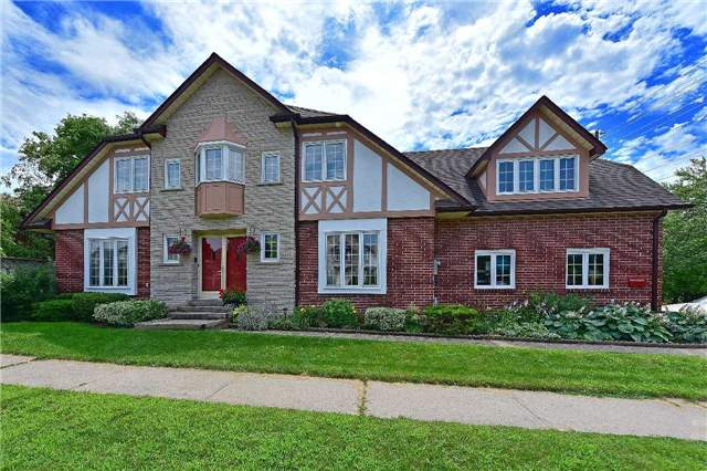 Detached at 1943 Fairport Rd, Pickering, Ontario. Image 1