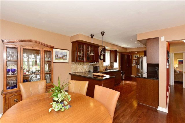 Detached at 1943 Fairport Rd, Pickering, Ontario. Image 15
